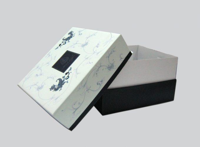 mẫu hộp quà tặng chất lượng