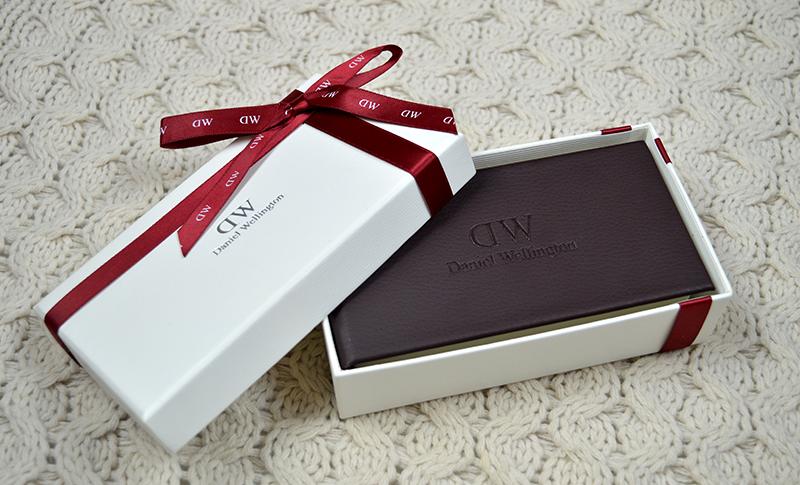 mẫu hộp giấy quà tặng